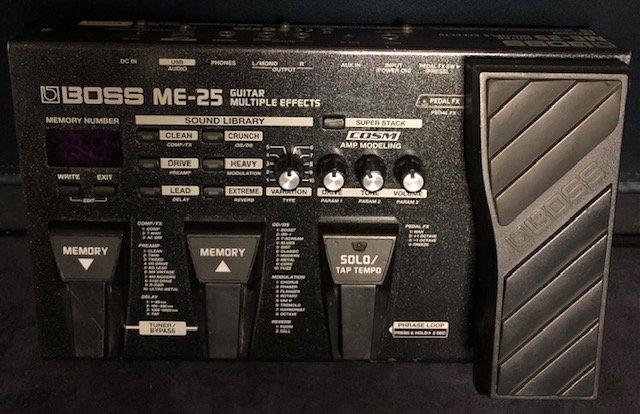 Boss ME-25 Multi Effects Pedal w/box