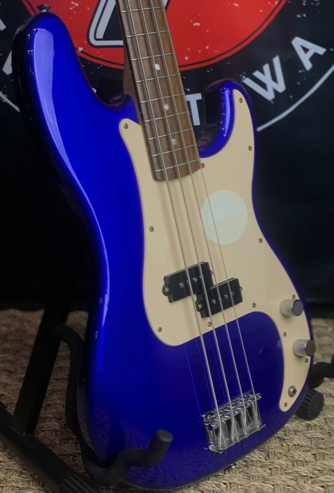 Squier P Bass
