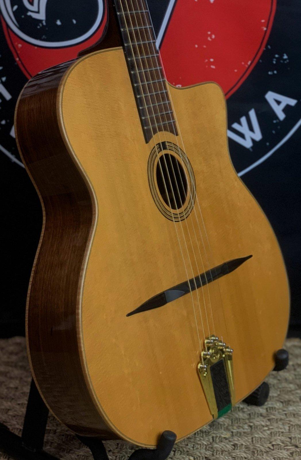 Arrow Django Archtop Indian Rosewood & Sitka w/OHC
