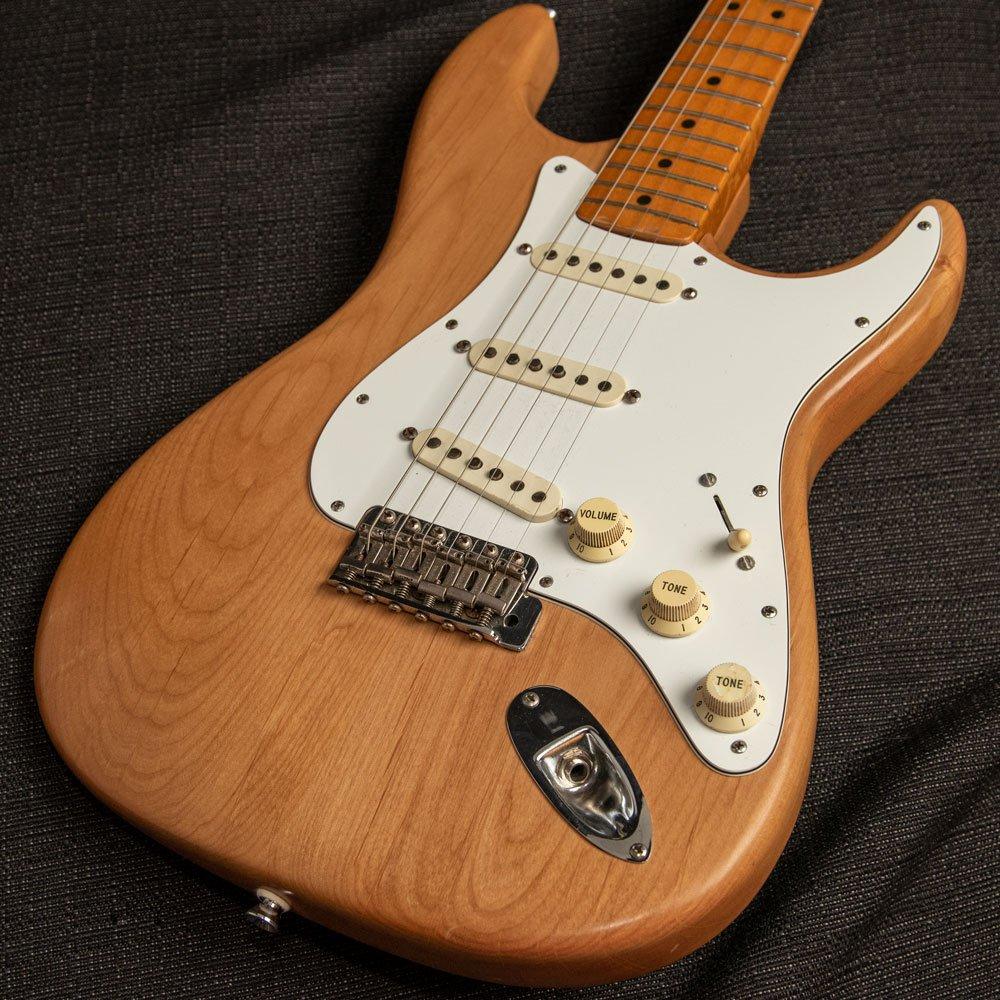 USED Fender 1983 57 AVRI Stratocaster Re-Fin