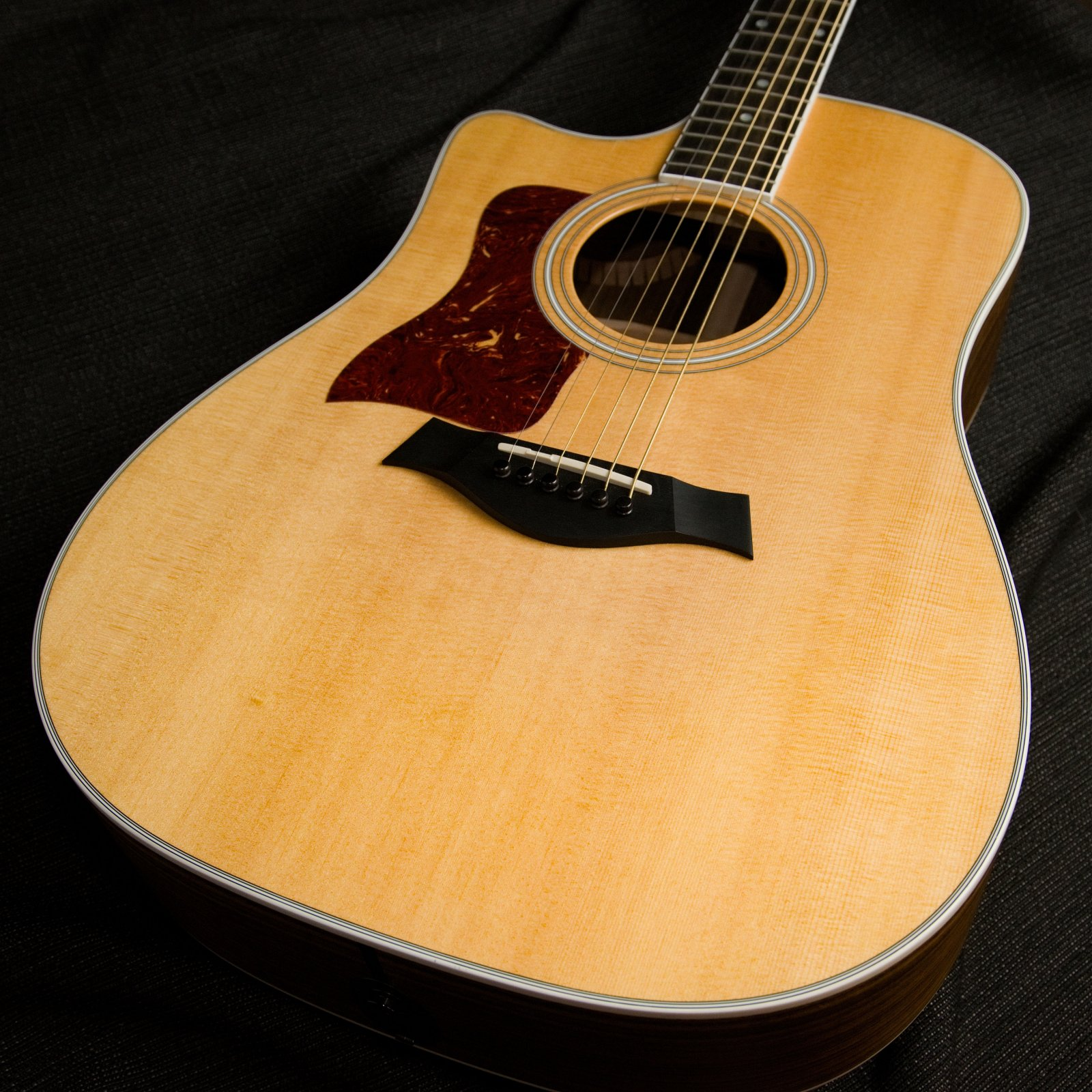 Used Taylor 410CE Left Handed