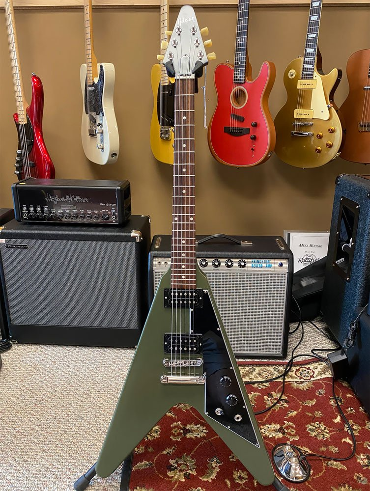 USED Gibson Flying V Drab Green with case