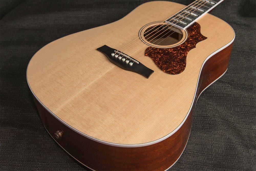 Godin Acoustic Metropolis Spruce LTD HG EQ SF with TRIC