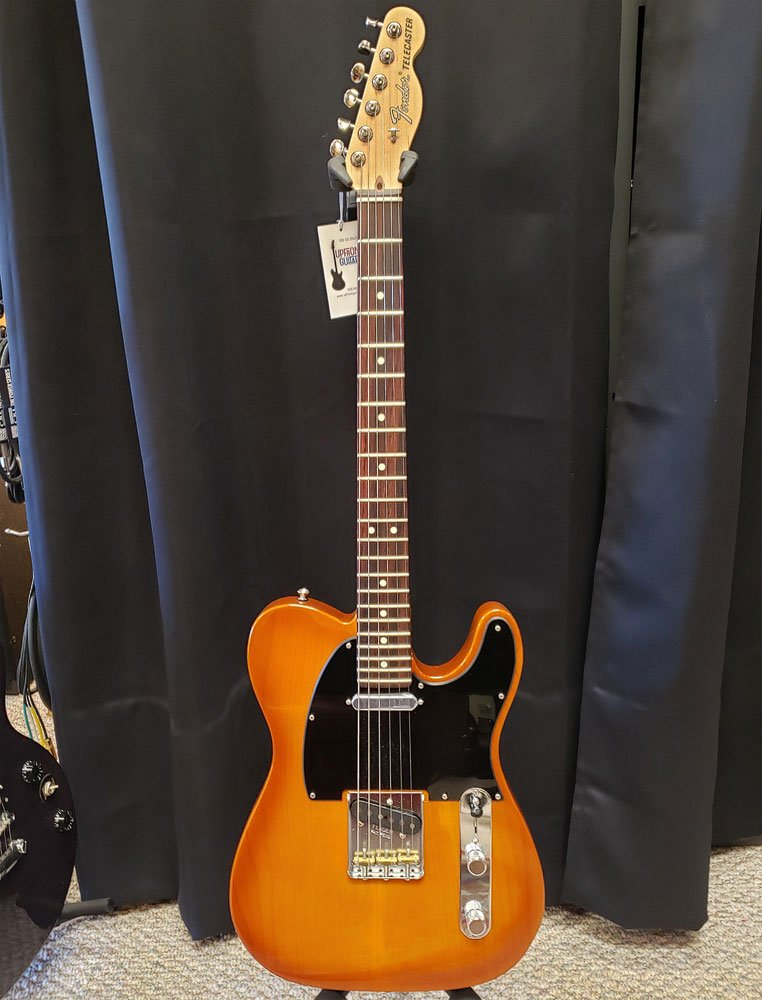 USED Fender Performer Telecaster 2019 Honeyburst with hard case
