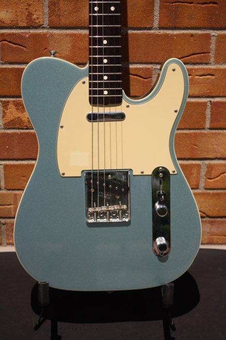 2005 Fender AVRI  '62 Telecaster Custom-Ice Blue Metallic