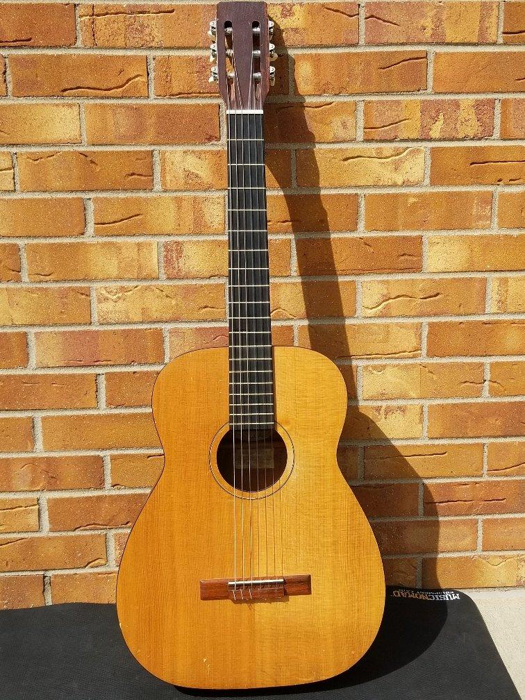 1965 Harmony H-173 classical/nylon string guitar