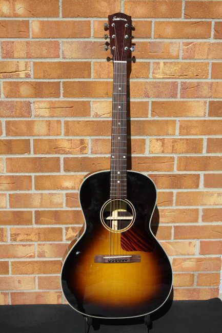 Eastman E20OOSS Traditional Rosewood Double Ought Acoustic
