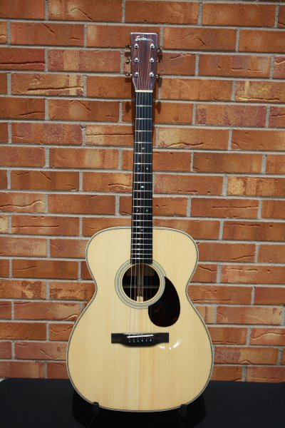 Eastman E20OM, OM style acoustic