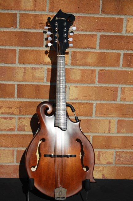 Eastman MD515CC/n F style Mandolin