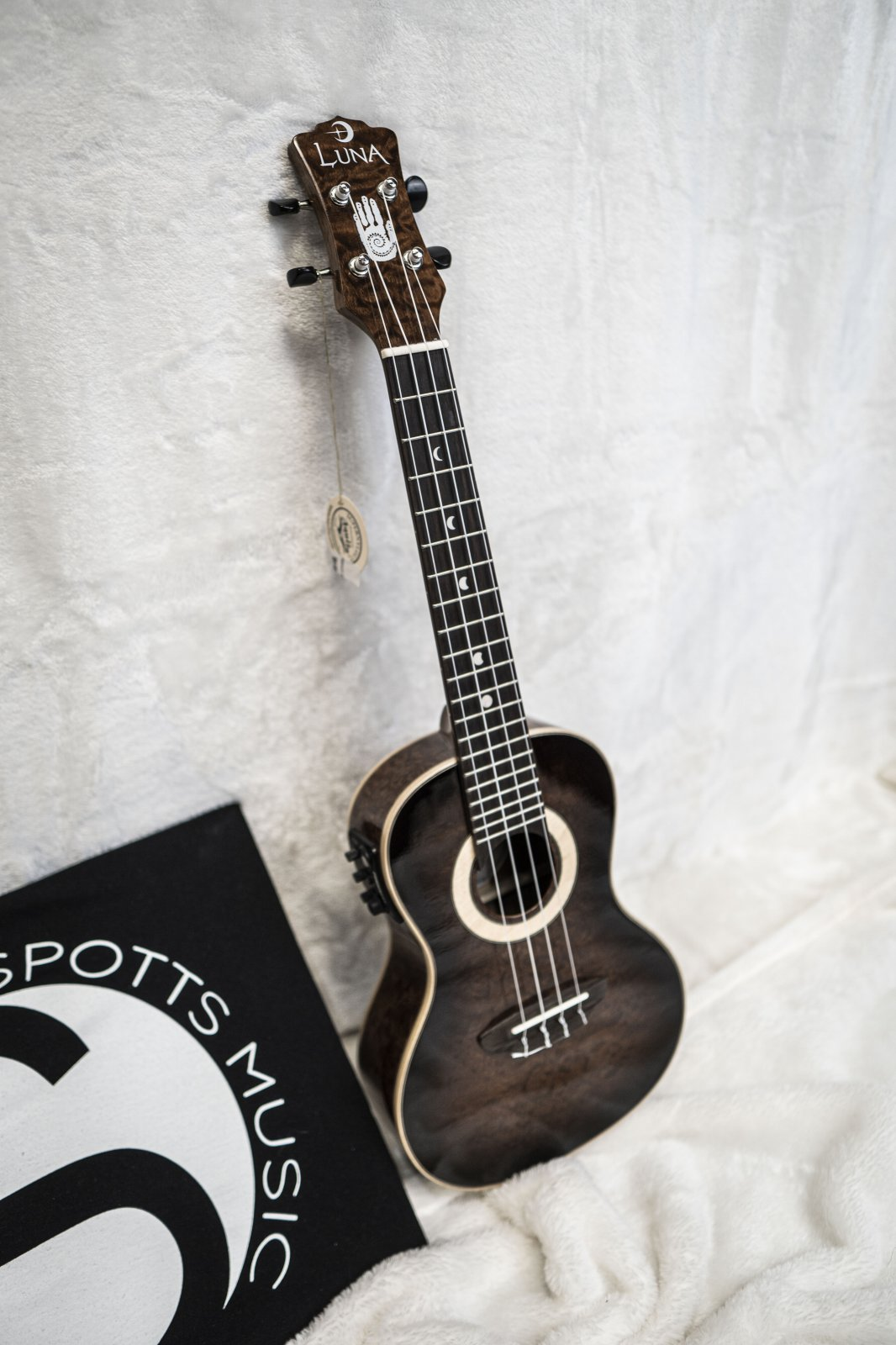 Luna Uke 15th Anniversary Limited Concert w/ Preamp and Case