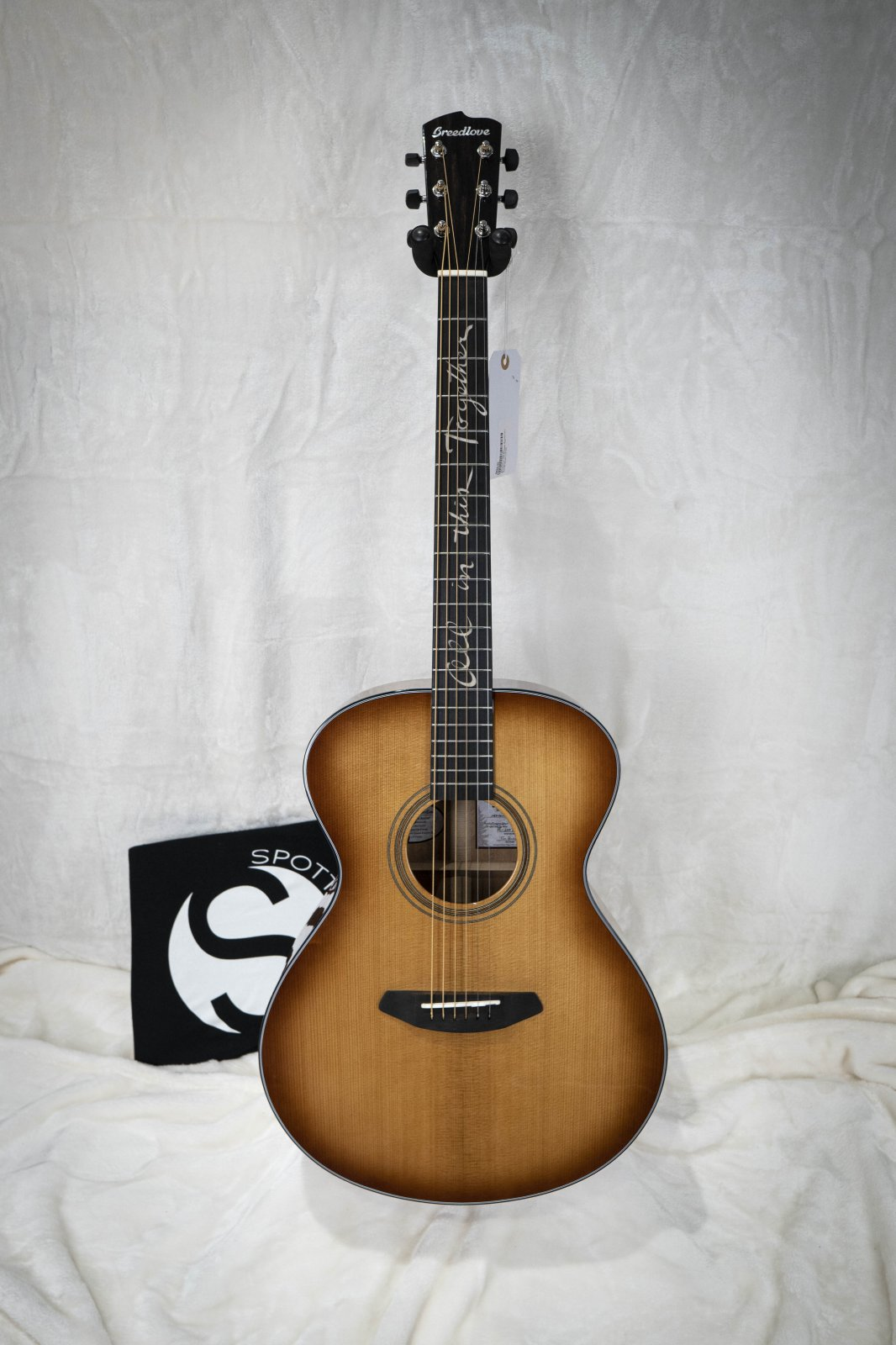 (Pre-Order) Breedlove Jeff Bridges Signature Concert Copper E Acoustic Electric Guitar