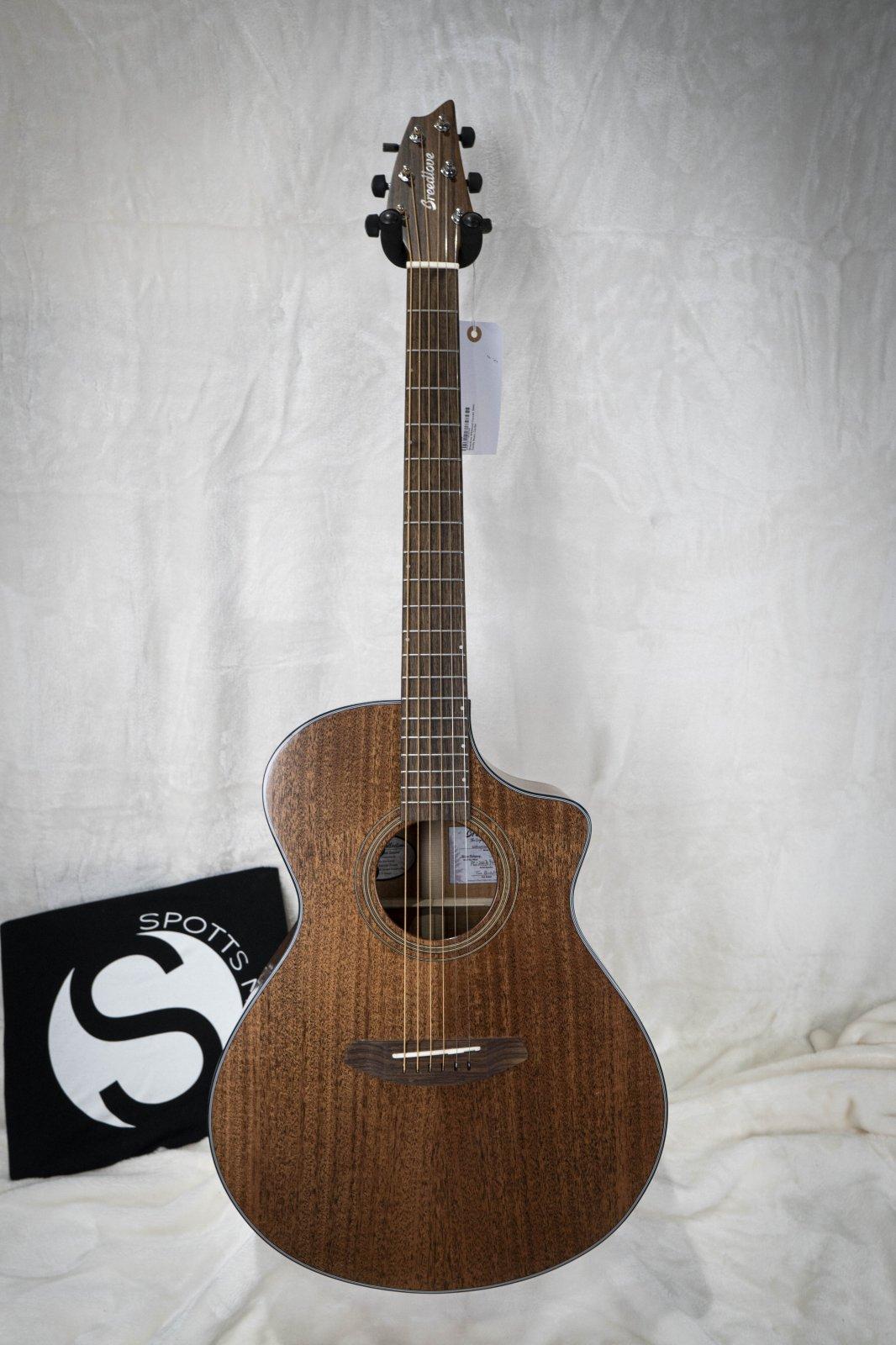 Breedlove Wildwood Concert Satin CE Acoustic Electric Guitar