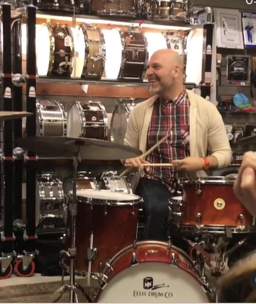 Ellis Drum Co. 18/10/12/14/14 w/throne