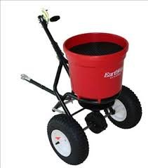 2150T EARTHWAY COMMERCIAL TOWABLE 50# SPREADER