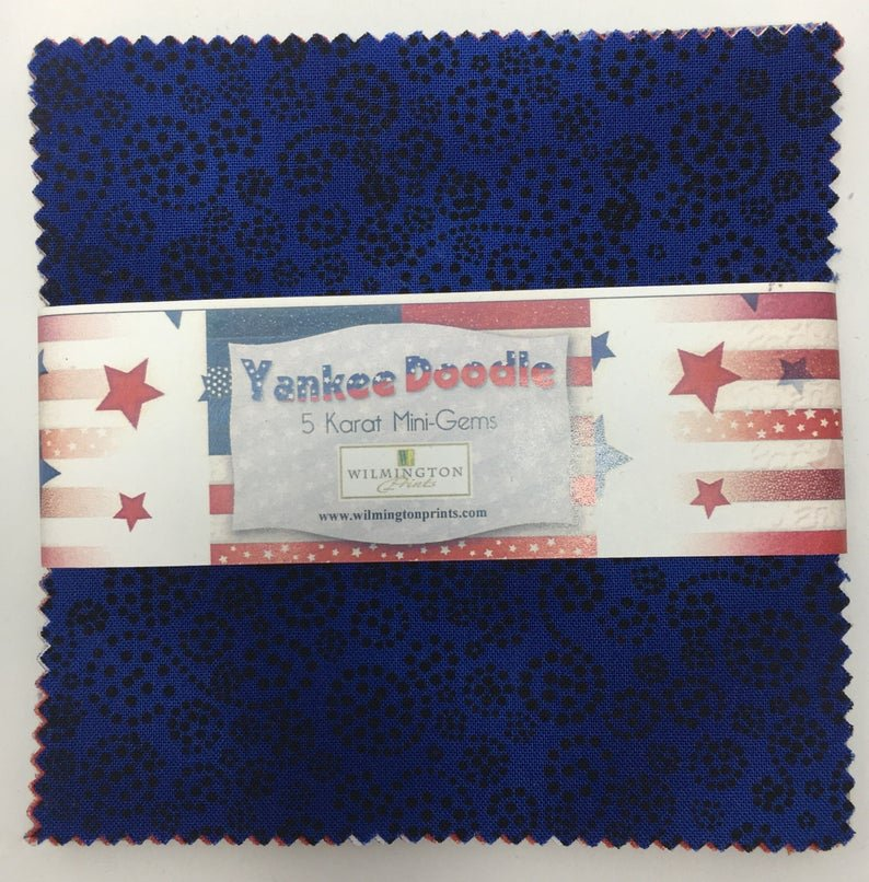 Yankee Doodle 10 Karet Mini-Gems-Pack of 24  10 squares, navy blue, red, white
