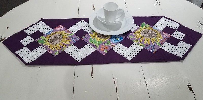 Simply A Pleasure Table Runner Kit