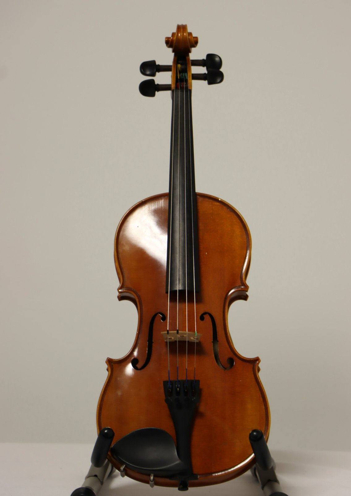 USED Eastman 1/2 Size Student Violin 2009 Model VL80 with Hard Case and Bow