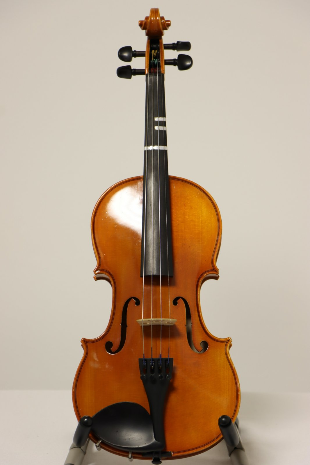 USED Eastman 3/4 Violin Outfit with Bow, Kun Shoulder Rest  & Hard Case