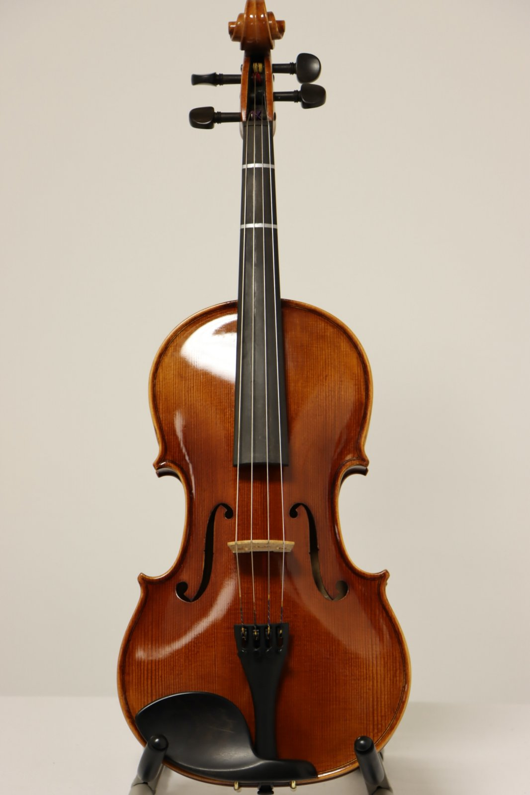 USED Shen 15 SA100 Student Viola Outfit with Hard Case, Bow, and Kun Shoulder Rest