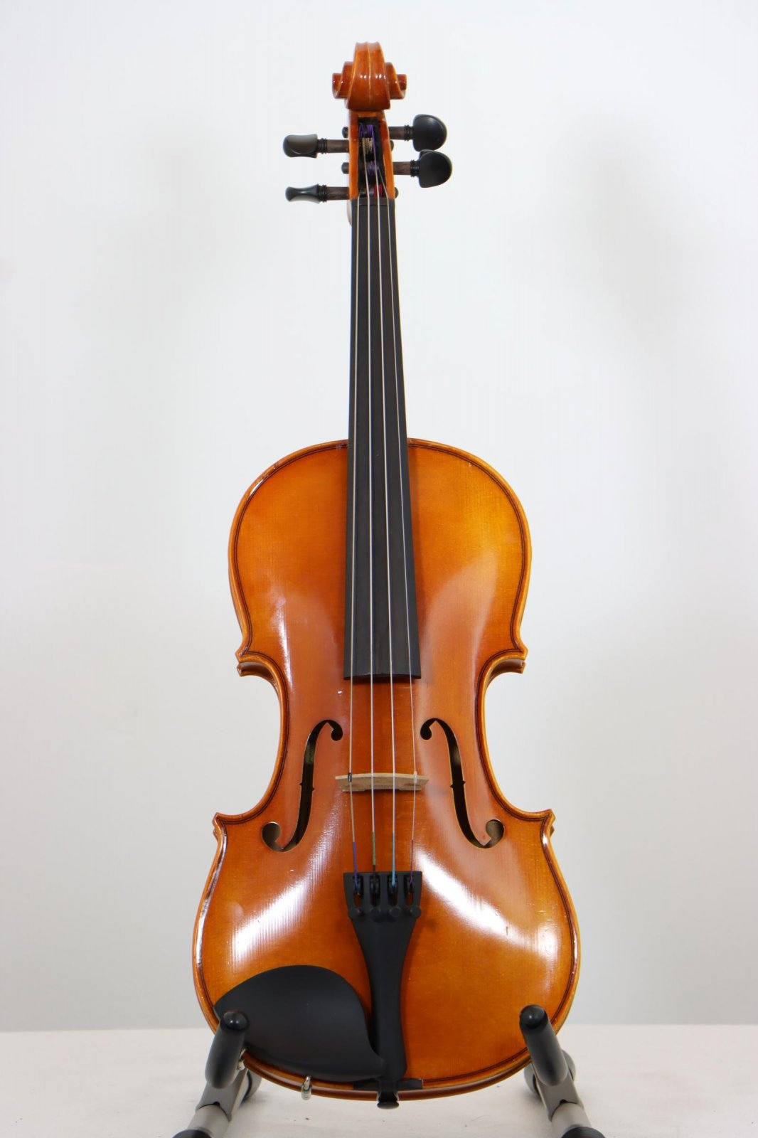 USED Eastman 4/4 Violin with Case and Bow