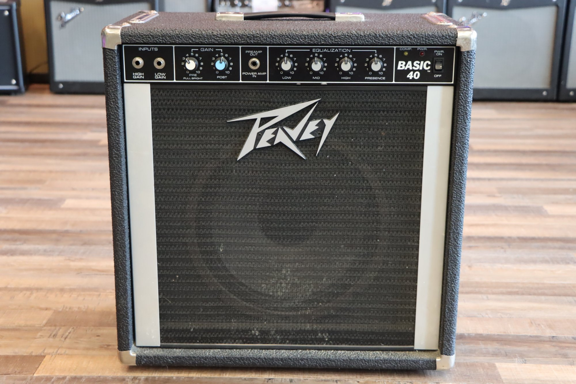 USED Vintage Peavey Basic 40 Bass/Keyboard Combo Amplifier
