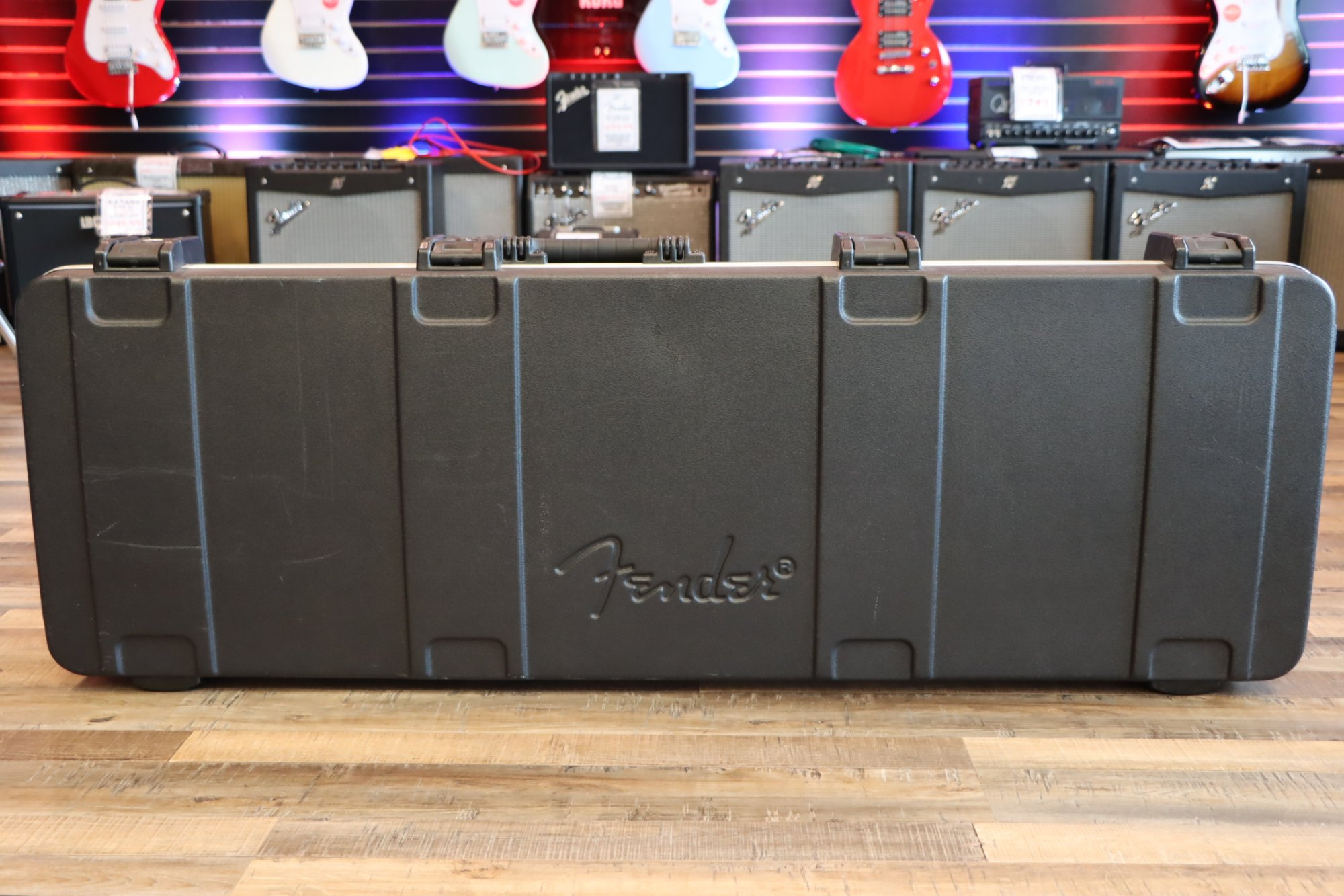 USED Fender Molded Left-Handed Bass Hard Case w/TSA Locks