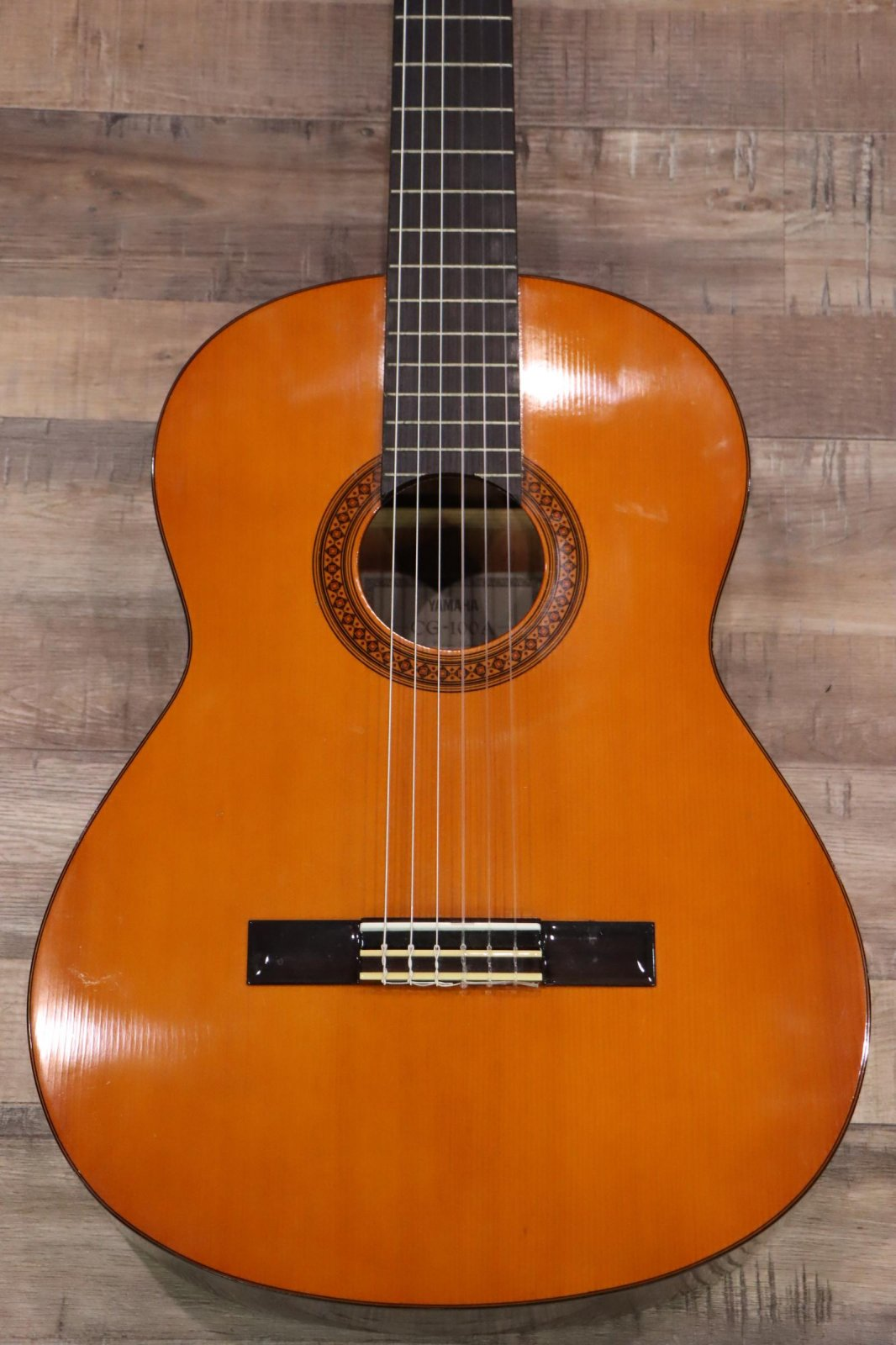 USED Yamaha CG-100A Classical Guitar with Case