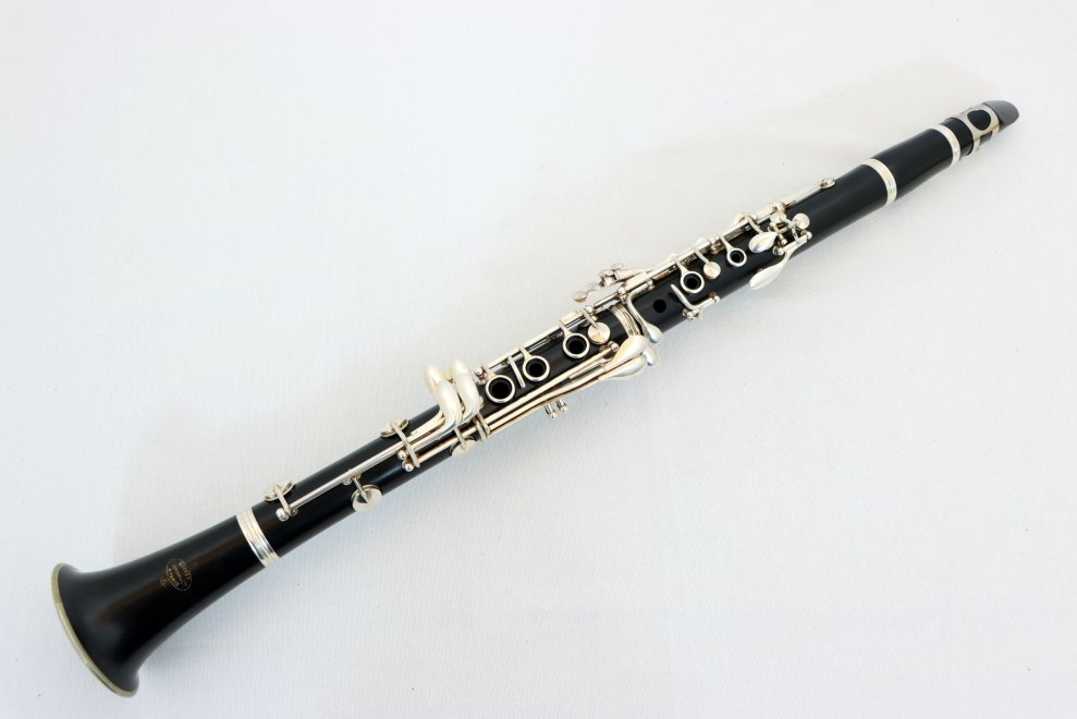 USED Buffet E11 Clarinet with Case and Mouthpiece