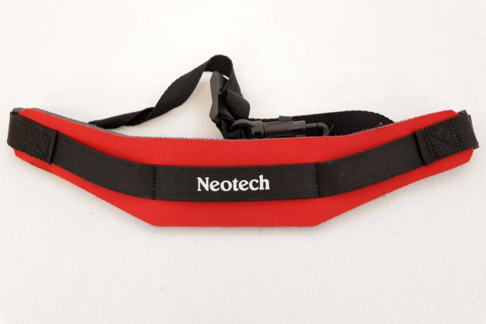USED Neotech Sax Strap RED