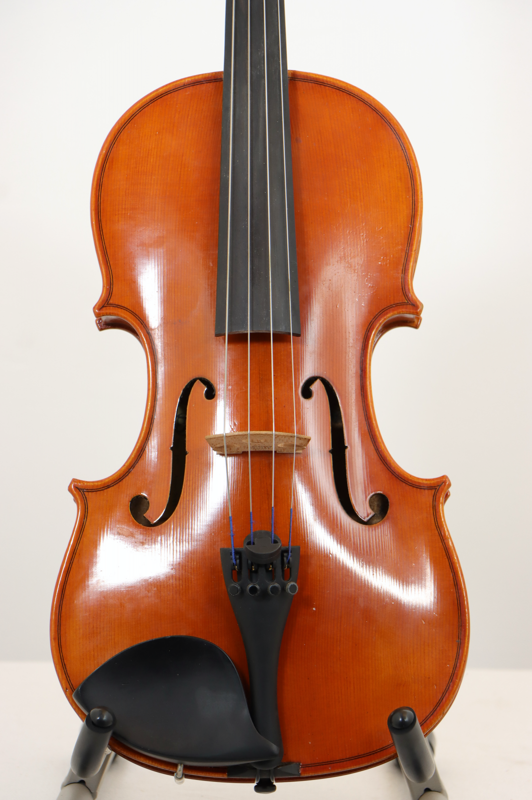 USED 15 Eastman Viola VA80 Student Model with Hard Case and Bow