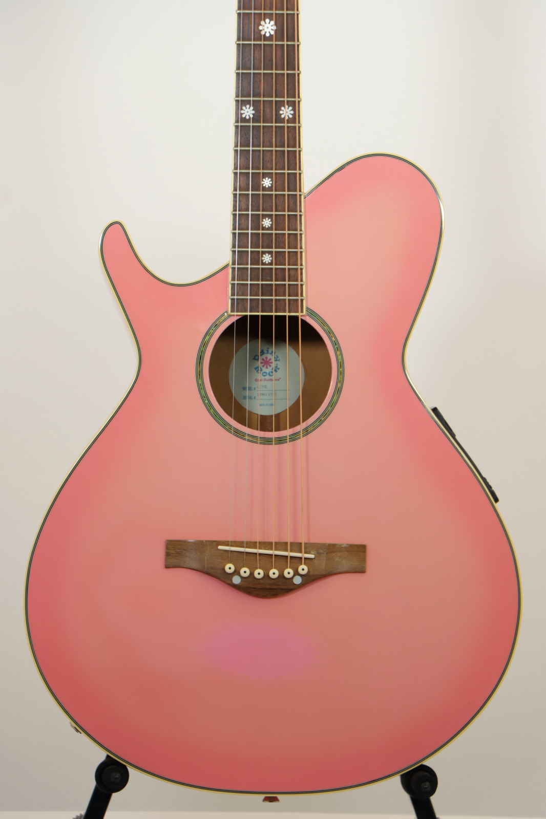 USED Daisy Rock LEFTY Wildwood Pink / Acoustic-Electric