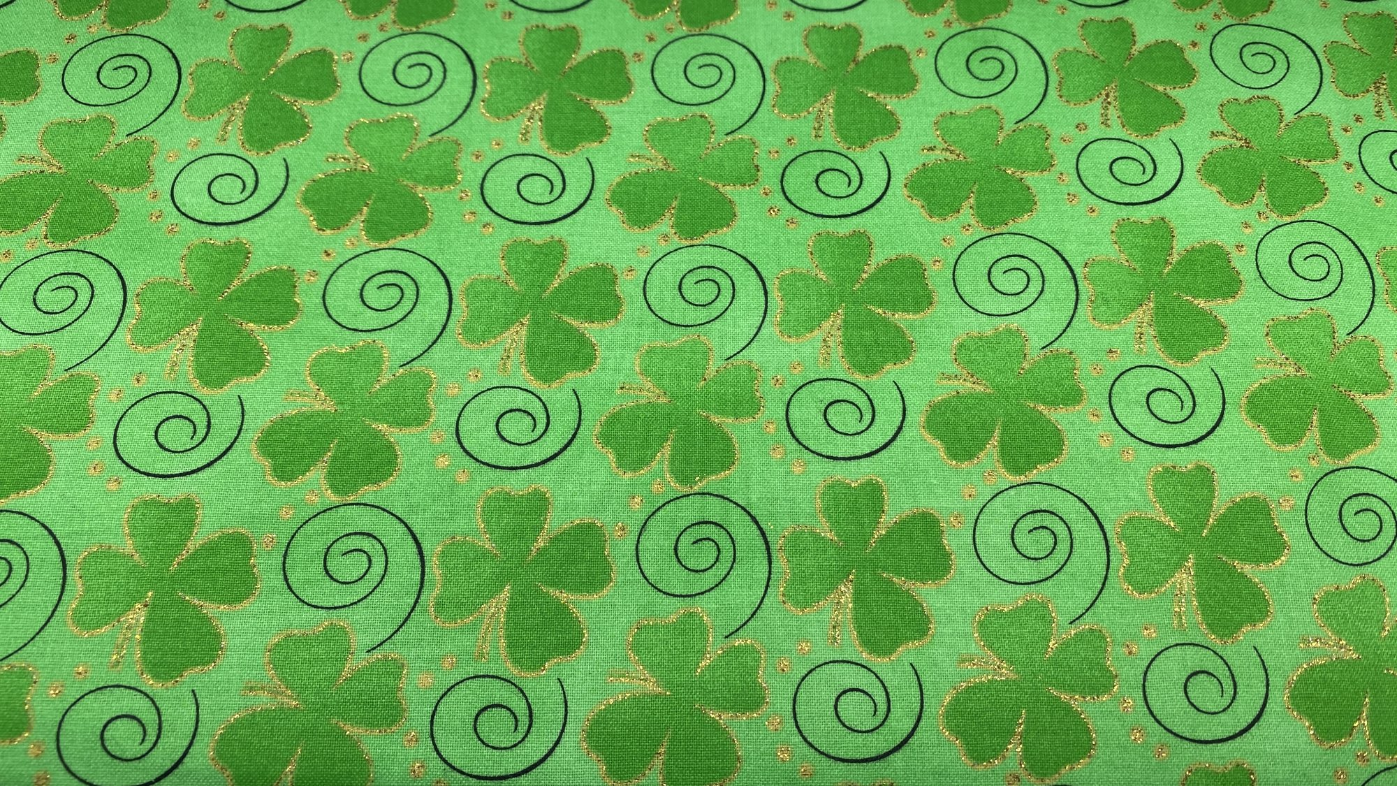 St. Patrick's Day Clover and Swirl on Green
