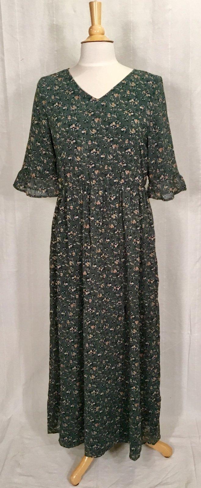Mika Rose McKenzie Emerald Floral Maxi Dress