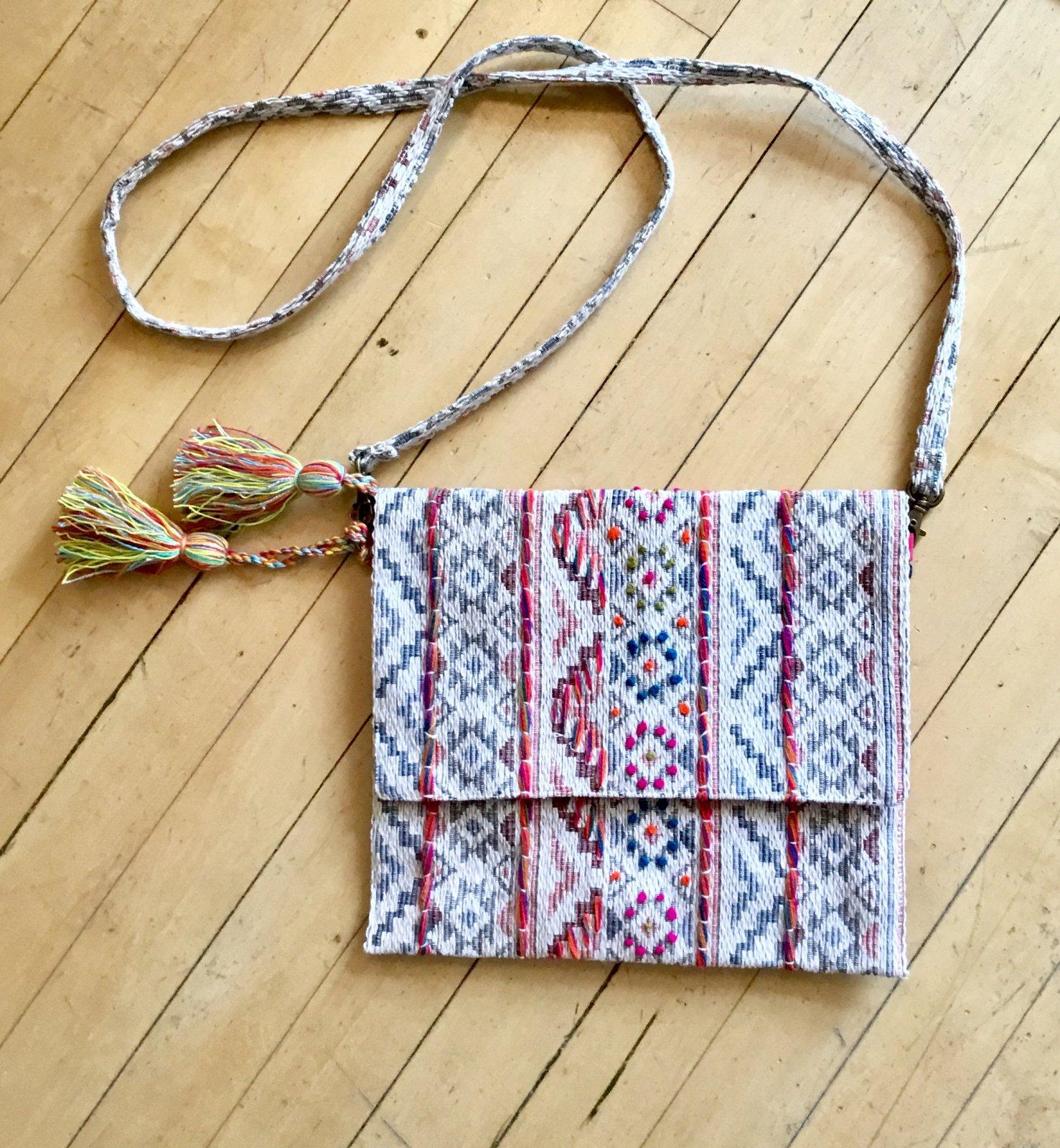 Chloe & Lex Handbag w/flap