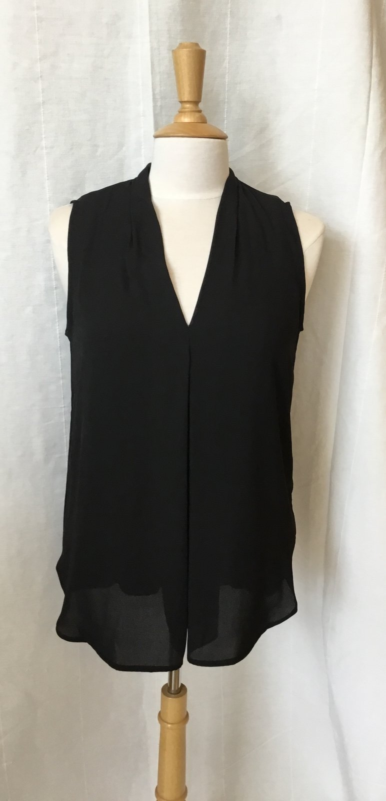 Esqualo Sleeveless Blouse