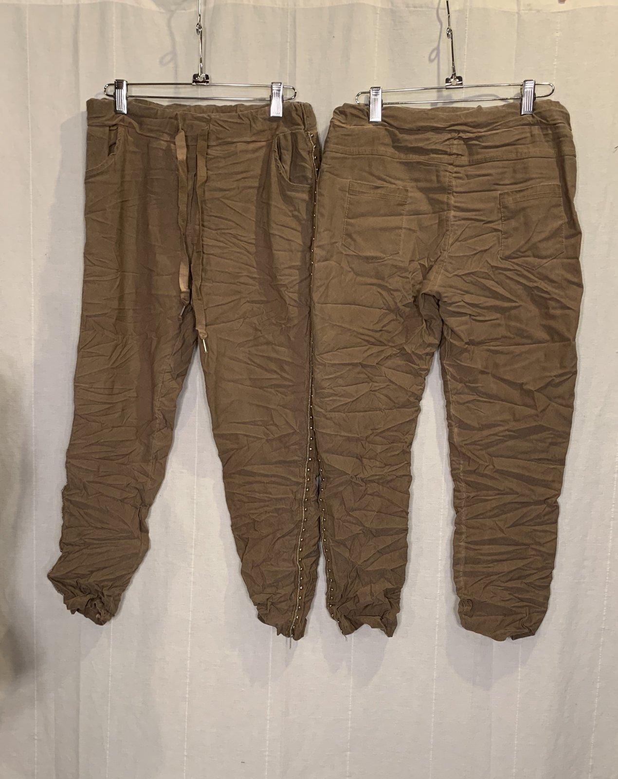 TP Side Studded Pant