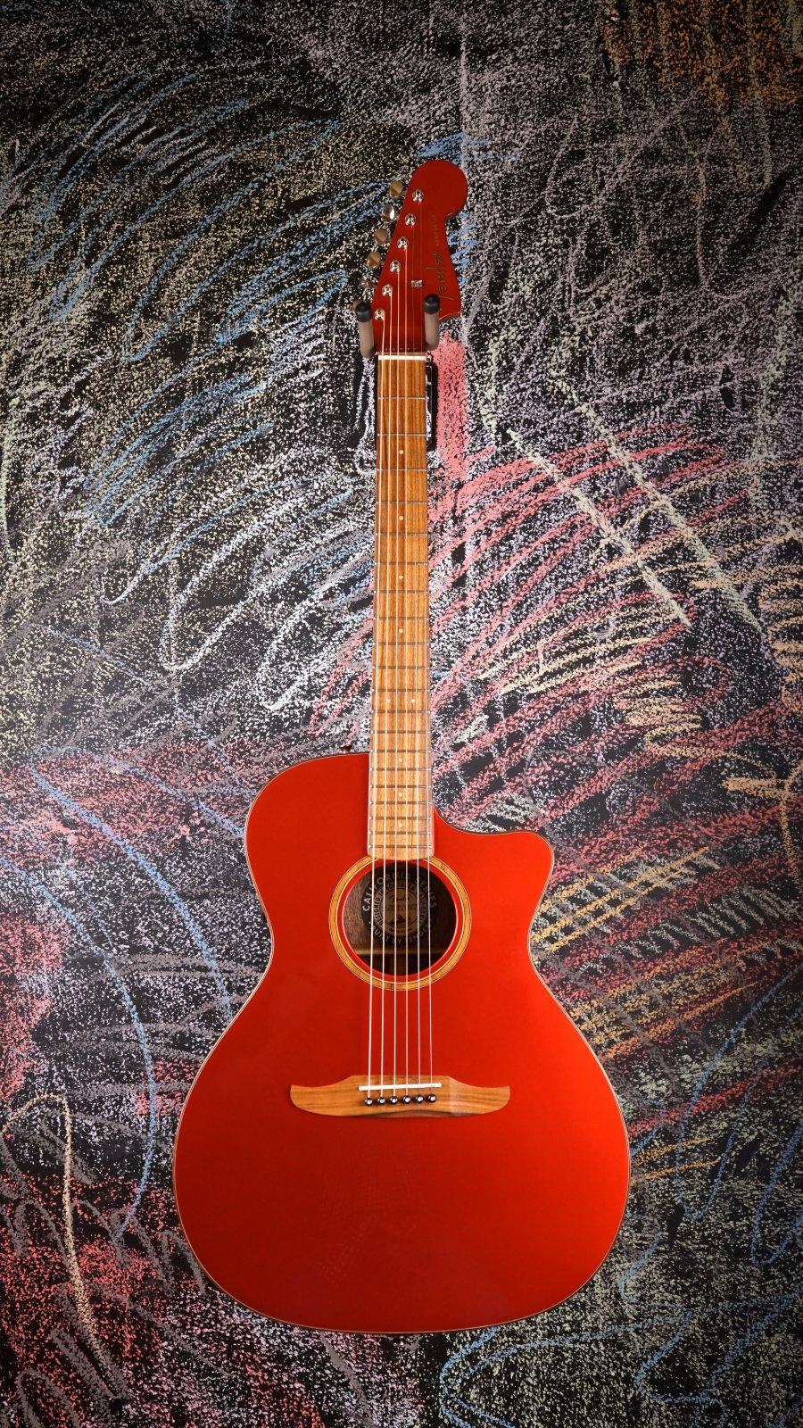 USED Fender Newporter Classic HRM w/ Fender Padded Gig Bag