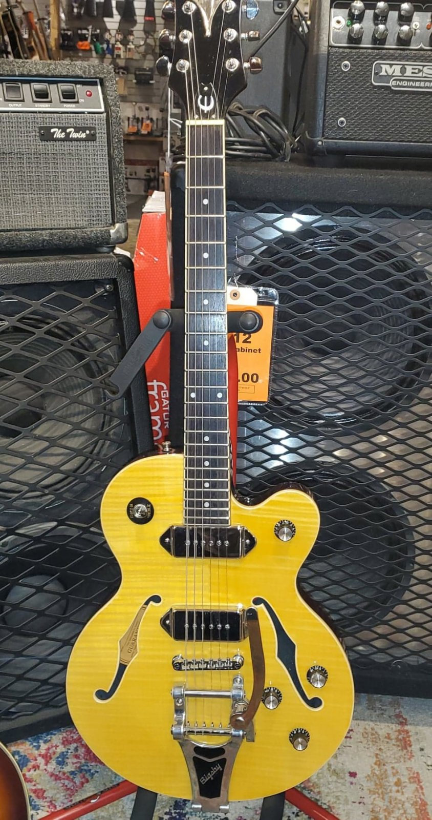 EPIPHONE WILDKAT AN HOLLOWBODY ELECTRIC GUITAR BIGSBY INCLUDES CASE ANTIQUE NATURAL