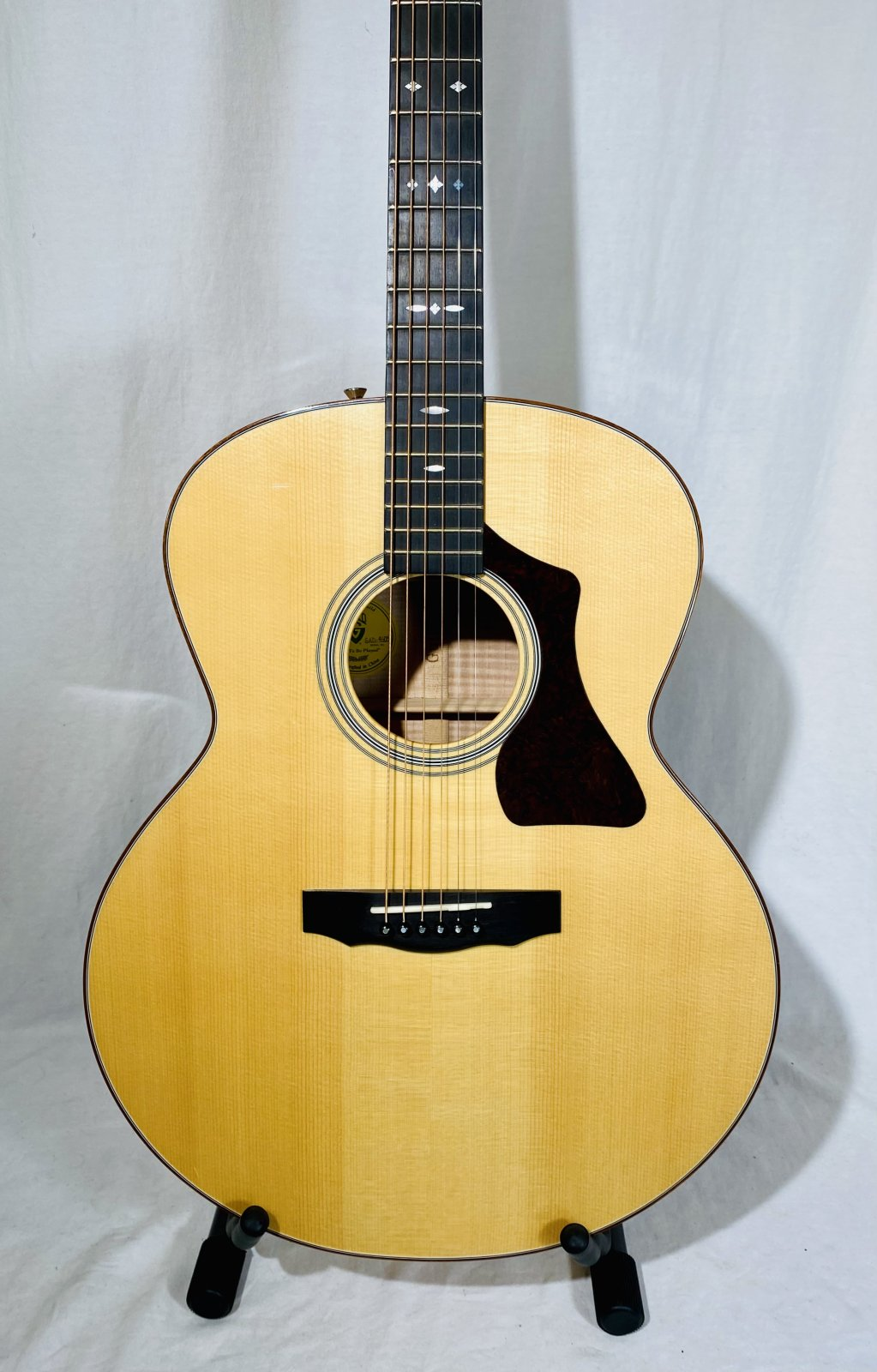 GUILD GAD JF-30 BLD ACOUSTIC/ELECTRIC GUITAR WITH CASE