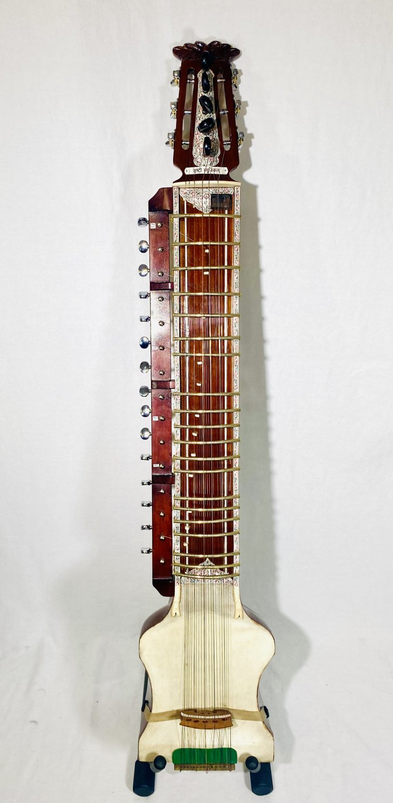 INDIAN DILRUBA BOWED FEMALE SITAR WITH CASE AND BOW