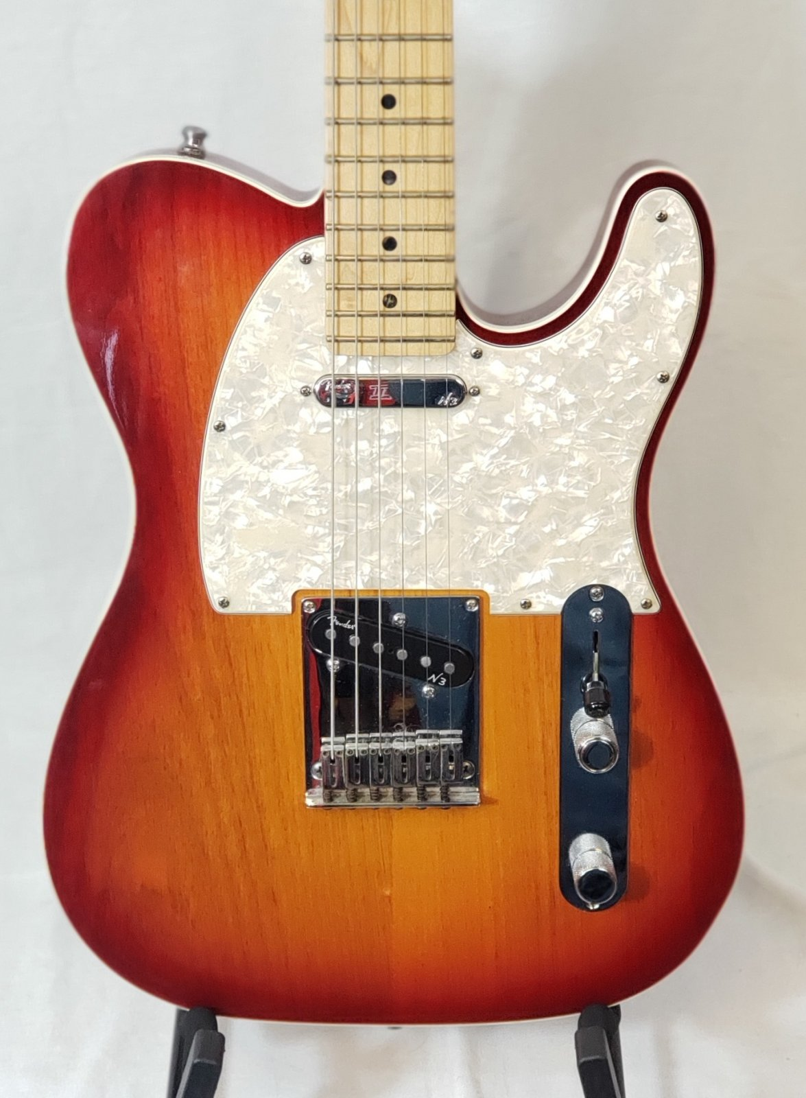 FENDER AMERICAN DELUXE TELECASTER RED BURST/MAPLE NECK WITH TWEED CASE