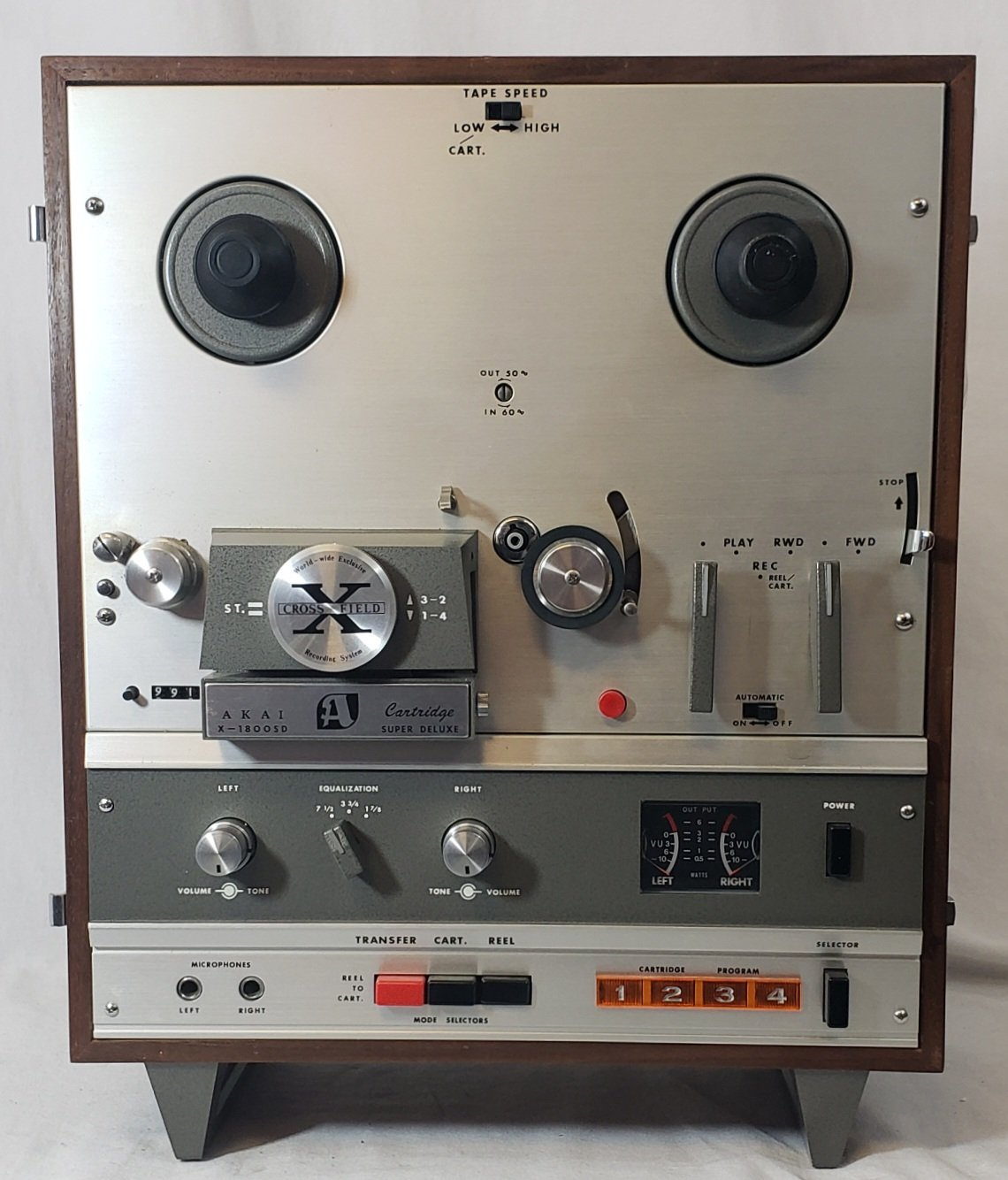 AKAI X1800SD REEL-TO-REEL TAPE RECORDER (SOLD AS-IS)
