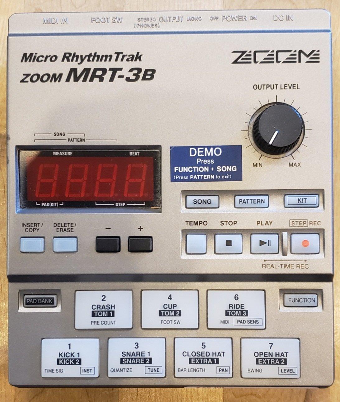 ZOOM MRT-3B DRUM MACHINE W POWER SUPPLY