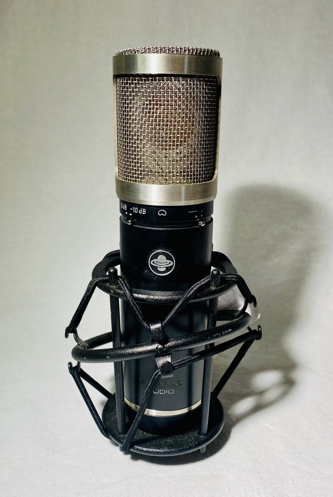 STERLING AUDIO ST55 LARGE DIAPHRAM MICROPHONE W SHOCKMOUNT