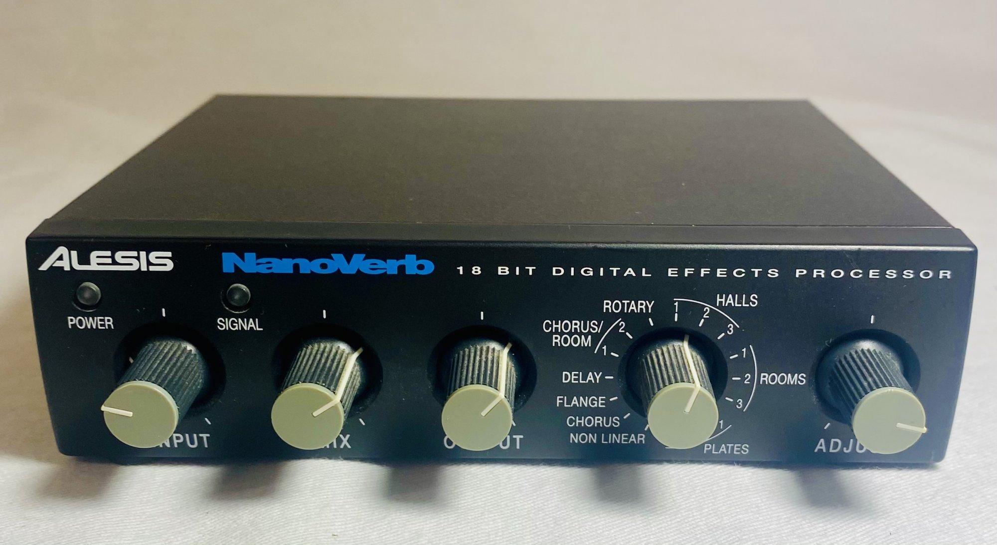 ALESIS NANOVERB DIGITAL EFFECTS UNIT W POWER SUPPLY