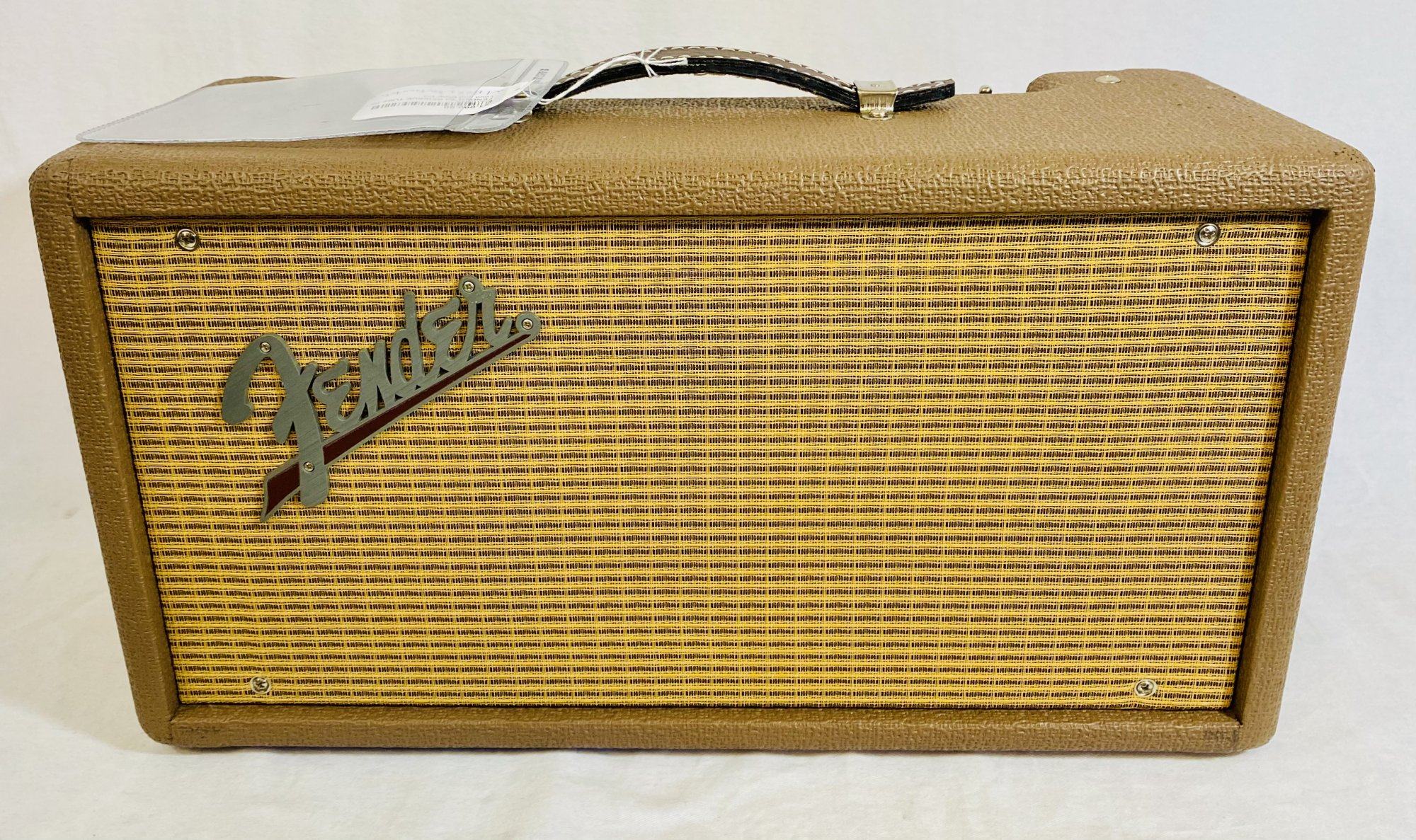 FENDER '63 REISSUE TUBE REVERB WITH FOOTSWITCH
