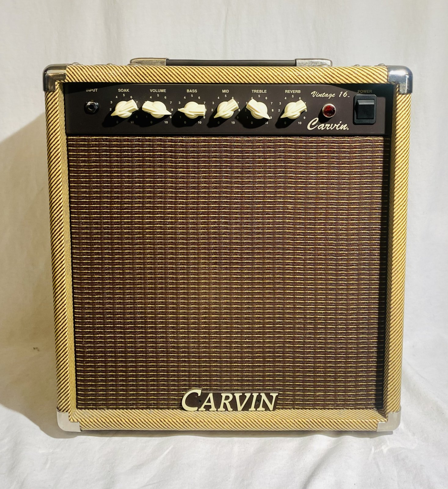 CARVIN VINTAGE 16 GUITAR AMP WITH SLIP COVER