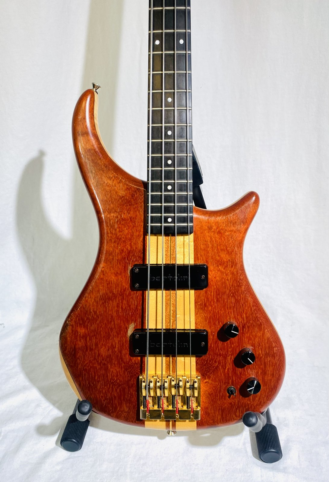 PEDULLA ET-4 THUNDERBASS WITH CASE