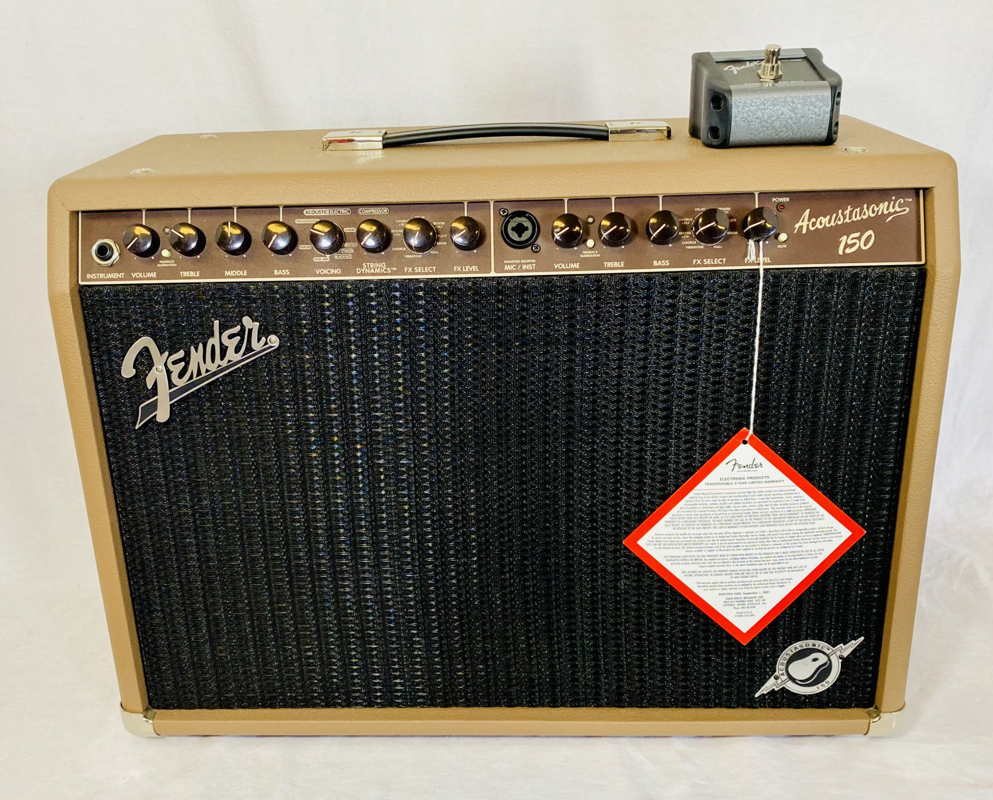 FENDER ACOUSTASONIC 150 2X8 2 CHANNEL AMPLIFIER WITH FOOTSWITCH