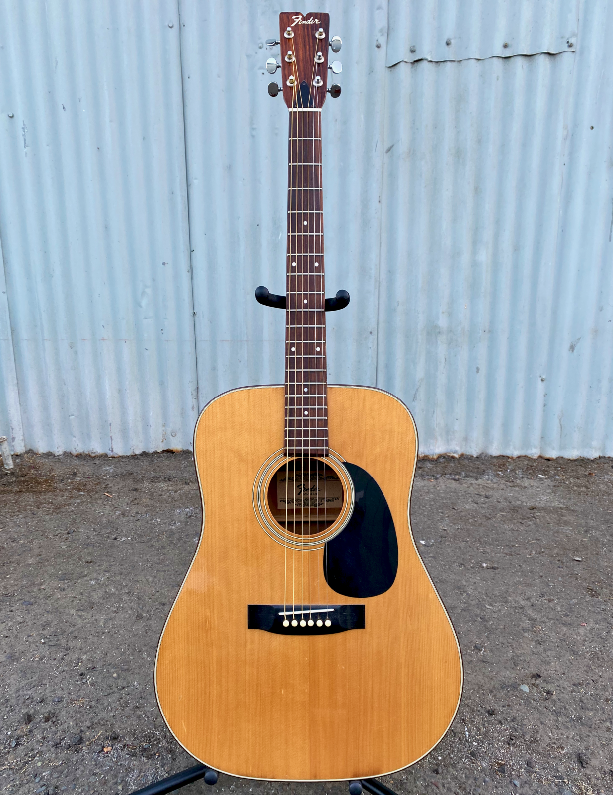 FENDER F-35 ACOUSTIC GUITAR WITH BAG
